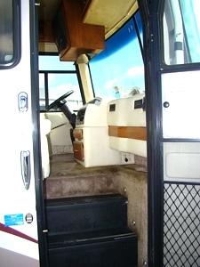 rv parts 2000 monaco windsor motorhome salavge damaged rvs campers motorhomes sales rentals. Black Bedroom Furniture Sets. Home Design Ideas