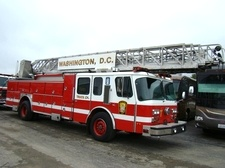 1999 E-ONE LADDER TRUCK / FIRE TRUCKS FOR SALE
