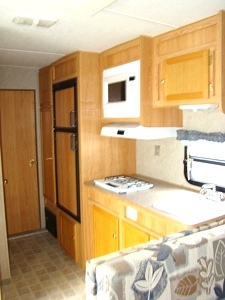 Used RV Parts 2004 CAMPMASTER 26FT TOY HAULER BY ROADMASTER RVs