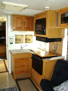 2000 FOUR WINDS HURRICANE 31FT MOTORHOME PARTS FOR SALE