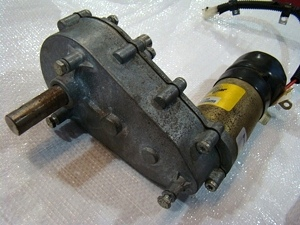 Used rv parts used power gear slide out motor 521769 used for Rv slide out motor power gear