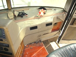 1999 WINNEBAGO FREEDOM MOTORHOME PARTS USED FOR SALE