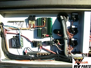 MONACO PARTS DEALER - 2003 MONACO WINDSOR