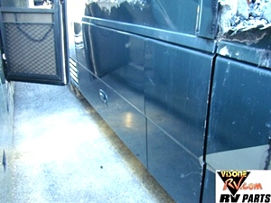 2003 WINNEBARGO ULTIMATE ADVANTAGE MOTORHOME PARTS - RV SALVAGE