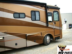 2004 FLEETWOOD DISCOVERY PART VISONE RV FOR SALE